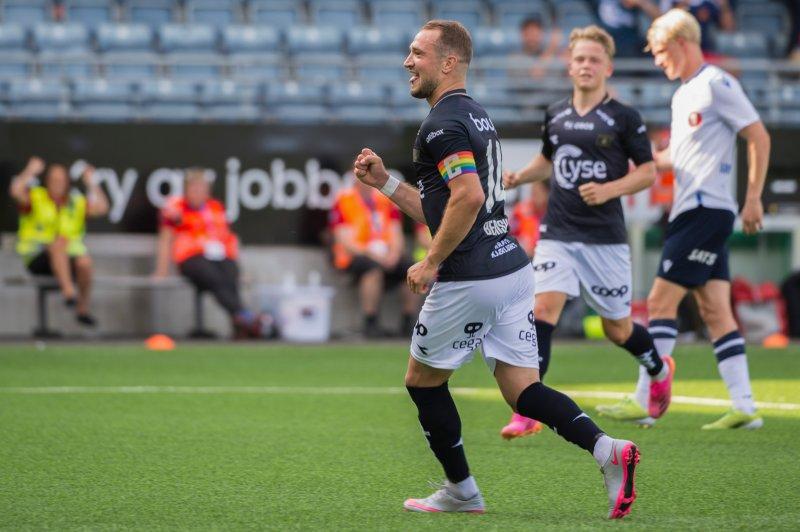 Veton Berisha scoret sitt sjette og syvende mål for sesongen onsdag kveld. Foto: Carina Johansen / NTB