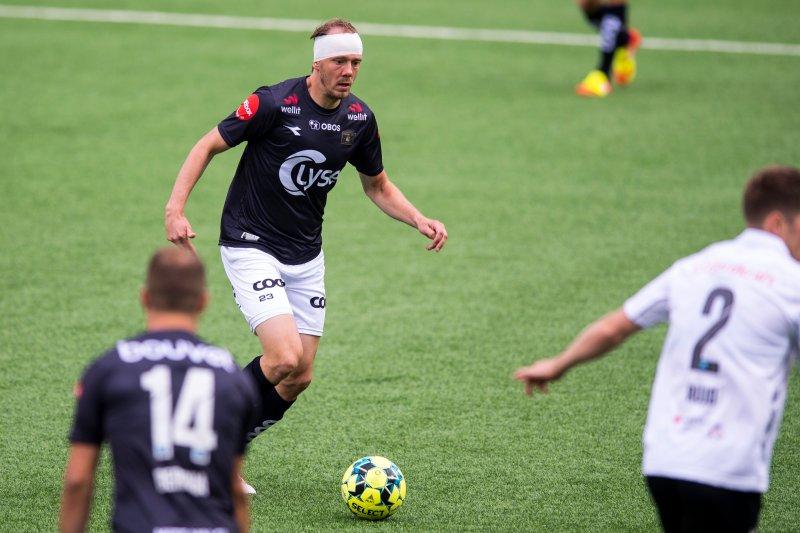 Rolf Daniel Vikstøl hadde ingen planer om å gi seg selv om han fikk en kraftig smell i hodet. Foto: Carina Johansen / NTB scanpix