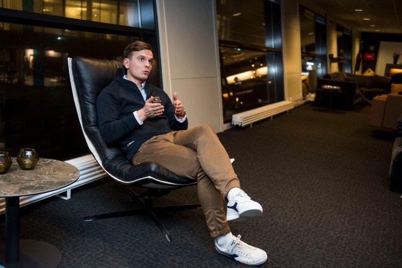 Eirik Bjørnø mener Viking lærer mye av å være til stede hos breddeklubbene. Foto: Carina Johansen / NTB